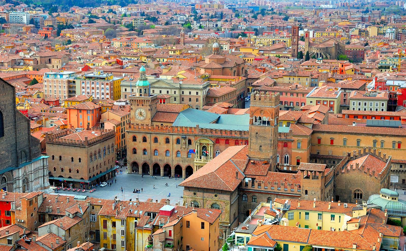 Bologna - ავიაბილეთები ბოლონია