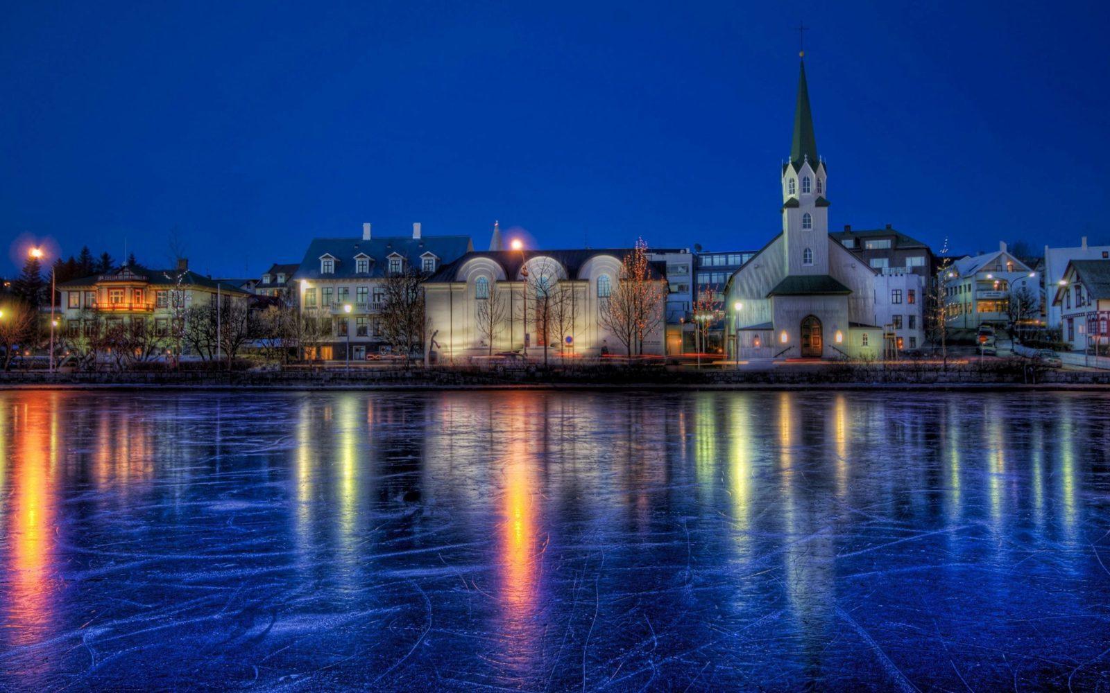 reykjavik - ავიაბილეთები რეიკიავიკი